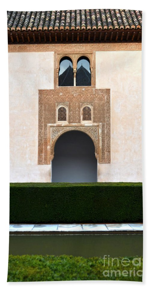 Alberca Bath Sheet featuring the photograph A Door On The Court Of The Myrtles by RicardMN Photography