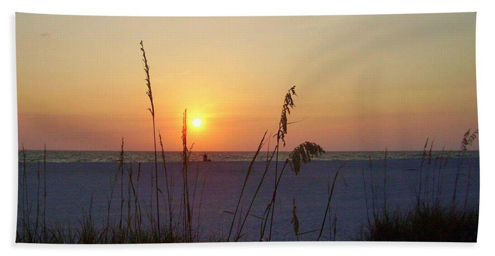 Ocean Bath Sheet featuring the photograph A Florida Sunset by Cynthia Guinn