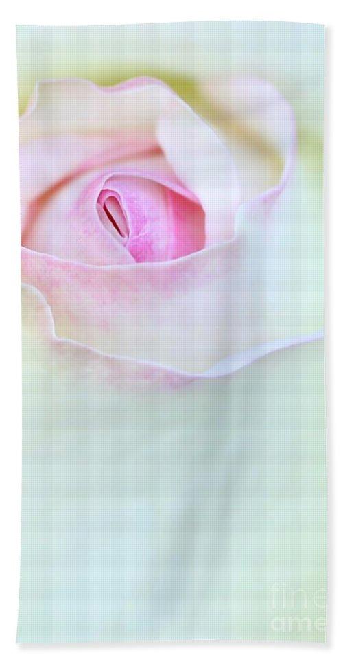 Macro Bath Sheet featuring the photograph A Hint Of Pink by Sabrina L Ryan