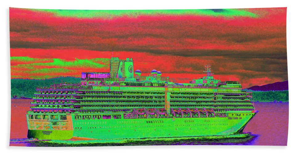 Holland America Bath Towel featuring the photograph A More Colorful HAL by Richard Henne
