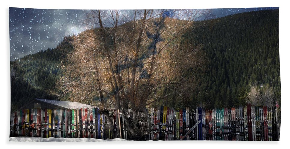 Sun Valley Hand Towel featuring the photograph A Snowy Night by Image Takers Photography LLC - Carol Haddon