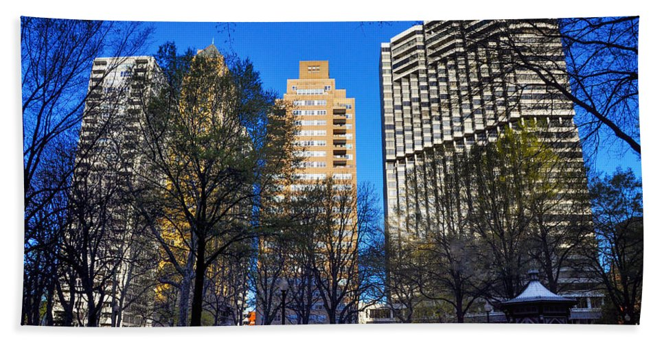 A Bath Sheet featuring the photograph A Spring Day At Rittenhouse Square by Bill Cannon