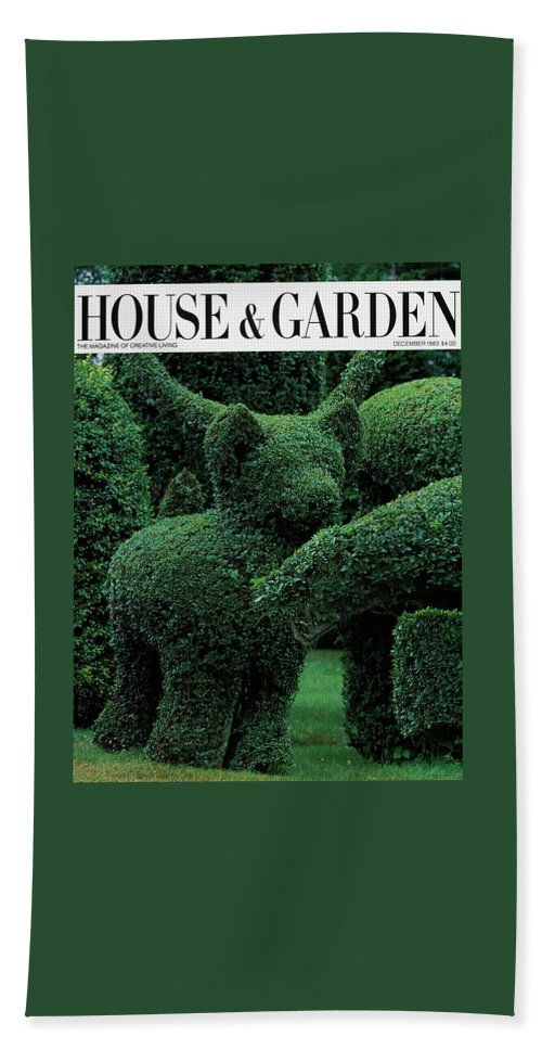 Animal Bath Towel featuring the photograph A Topiary Bear In Alice Braytons Green Animals by Horst P. Horst