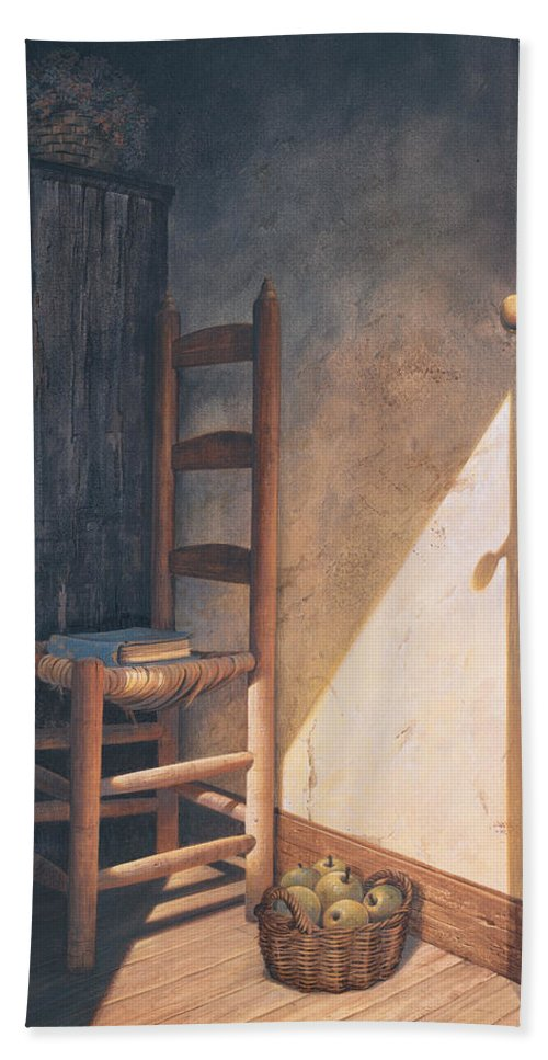 Country Bath Sheet featuring the painting A Warm Welcome by Michael Humphries