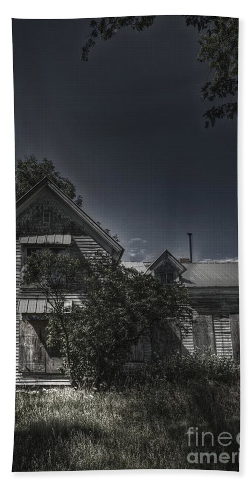 House; Home; Small; Farm House; Boarded; Boards; Wood; Falling Apart; Weeds; Grasses; Trees; Secluded; Abandoned; Desolate; Closed; Dark; Darkness; Ominous; Foreboding; Mystery; Mysterious; Deserted; Front; Facade; Covered; Shroud Hand Towel featuring the photograph Abandoned Farmhouse by Margie Hurwich