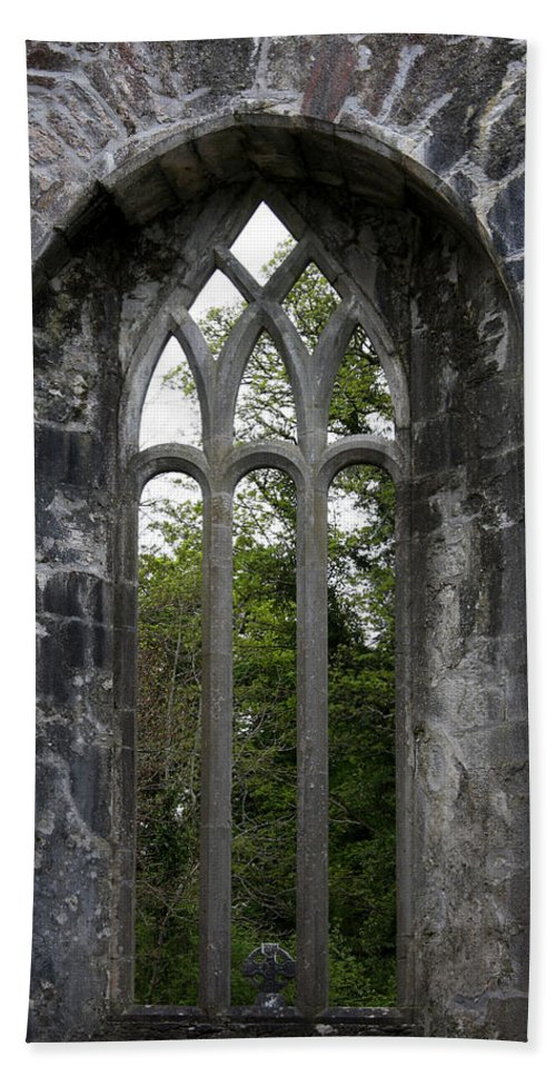Abbey Hand Towel featuring the photograph Abbey Window by Christiane Schulze Art And Photography