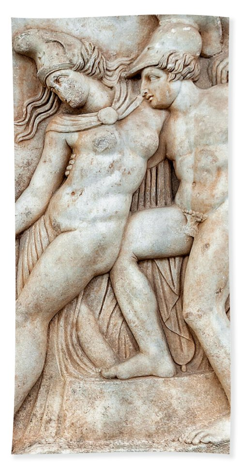 Achilles And Penthesilea Hand Towel featuring the photograph Achilles And Penthesilea by Ayhan Altun