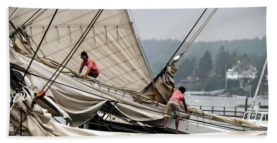 Windjammer Bath Sheet featuring the photograph Adjusting The Sails by Brenda Giasson