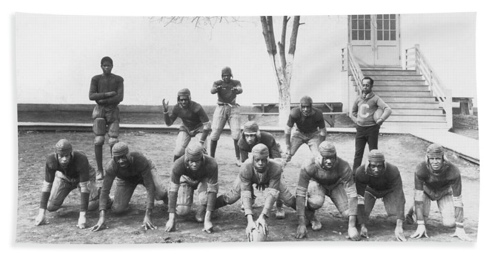 1921 Bath Towel featuring the photograph African American Football Team by Underwood Archives
