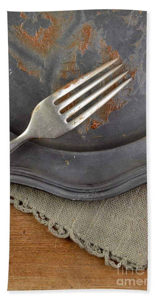 Plate Hand Towel featuring the photograph After The Cake by Jill Battaglia
