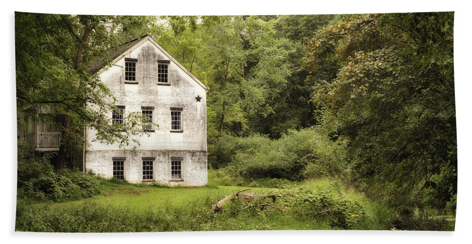Terry D Photography Hand Towel featuring the photograph After The Rain by Terry DeLuco