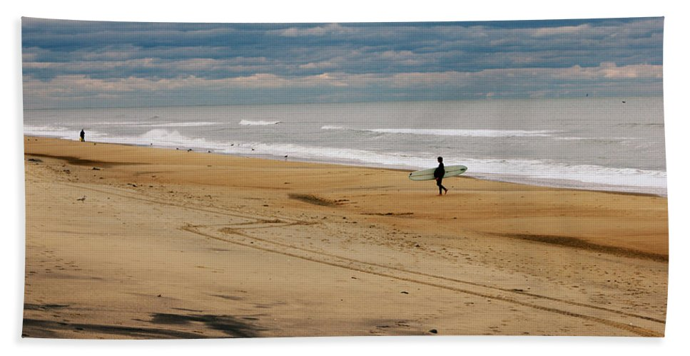 Virginia Beach Hand Towel featuring the photograph After The Storm by Shannon Louder