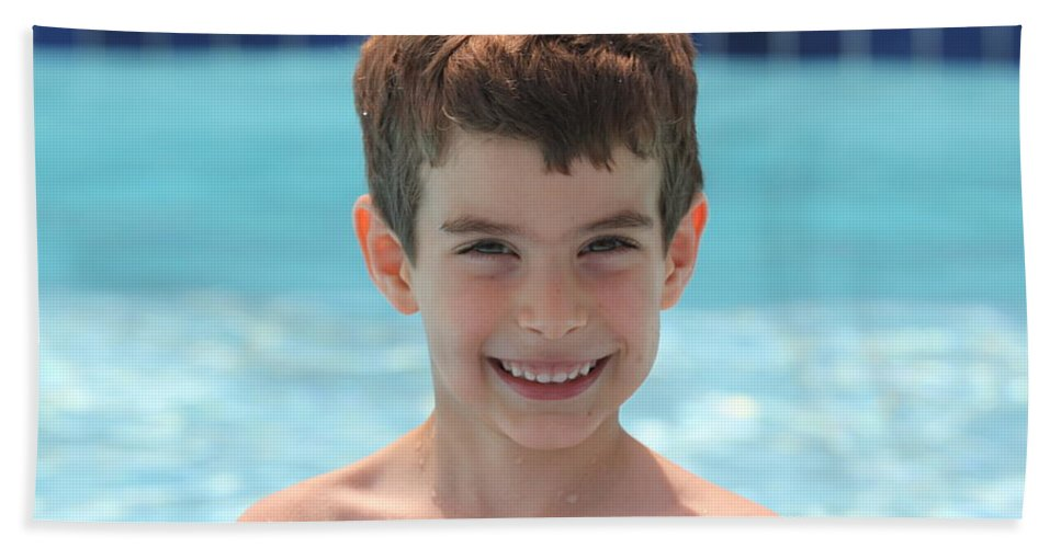 Hand Towel featuring the photograph Aidan At The Pool by Jean Macaluso