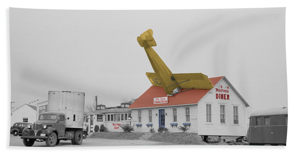 Diner Bath Sheet featuring the photograph Airplane Diner by Andrew Fare