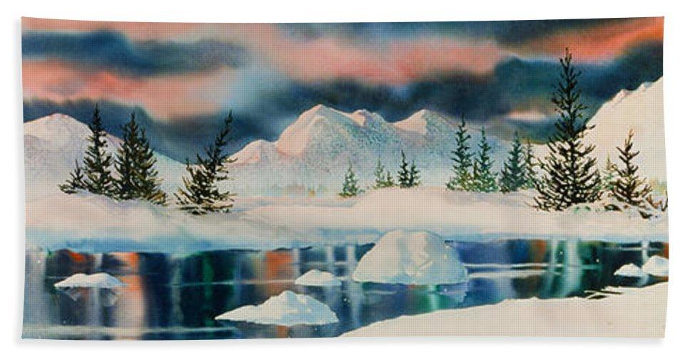 Alaska Panorama Hand Towel featuring the painting Alaska Panorama by Teresa Ascone