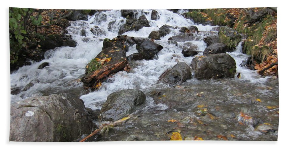 Waterfall Hand Towel featuring the photograph Alaskan Waterfall by Richard Booth