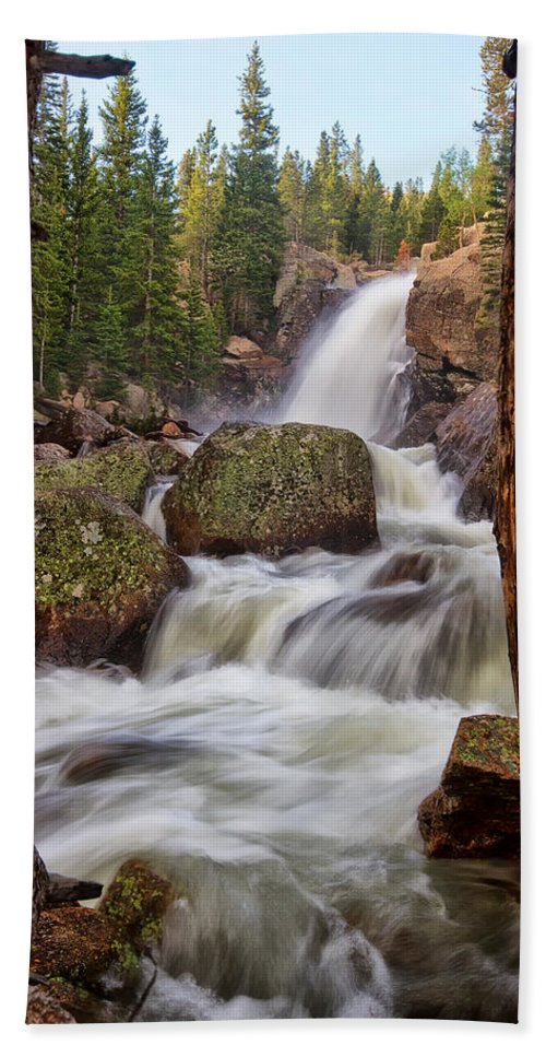 Rmnp Hand Towel featuring the photograph Alberta Falls II by Ronda Kimbrow