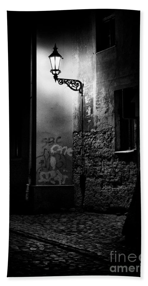 Lamp Hand Towel featuring the photograph Alley Of Prague In Black And White by Jaroslaw Blaminsky