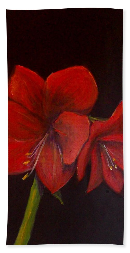 Amaryllis Hand Towel featuring the painting Amaryllis On Black by Shere Crossman
