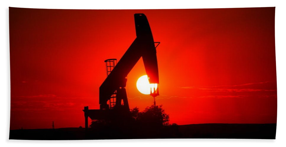 Sunset Bath Sheet featuring the photograph American Oil by Jeff Swan