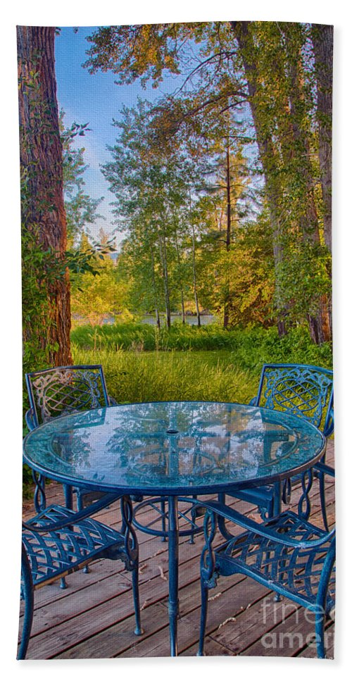 2014 Hand Towel featuring the digital art An Early Morning On The Deck At Cottonwood Cottage by Omaste Witkowski