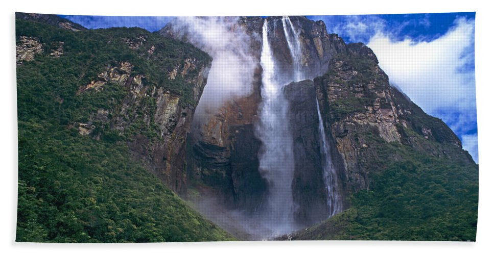 Venezuela Bath Sheet featuring the photograph Angel Falls In Canaima National Park Venezuela by Dave Welling