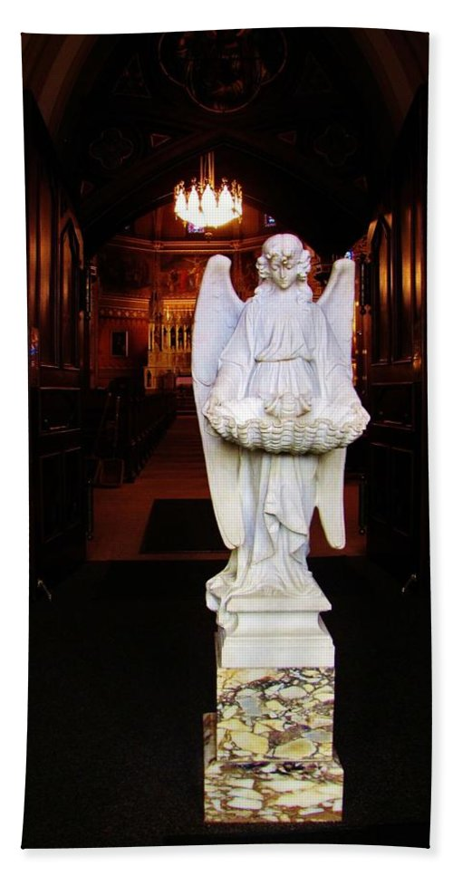 Angel Hand Towel featuring the photograph Angel Statue Offers Holy Water by Michael Saunders