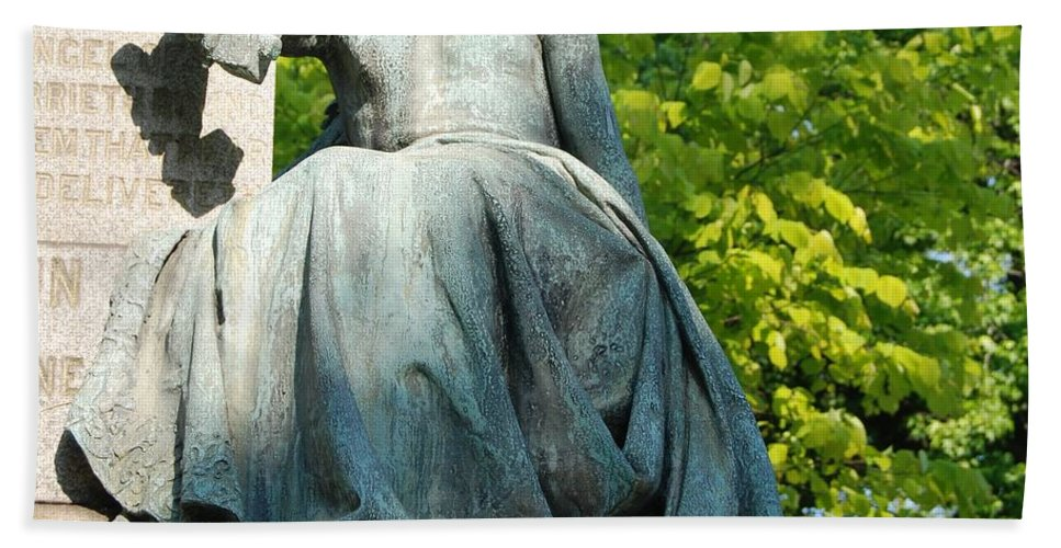 Greenwood Bath Sheet featuring the photograph Angel Statue by Philip Ralley