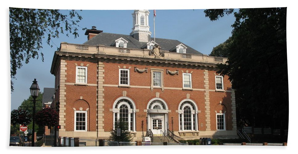 Hall Hand Towel featuring the photograph Annapolis Main Post Office by Christiane Schulze Art And Photography