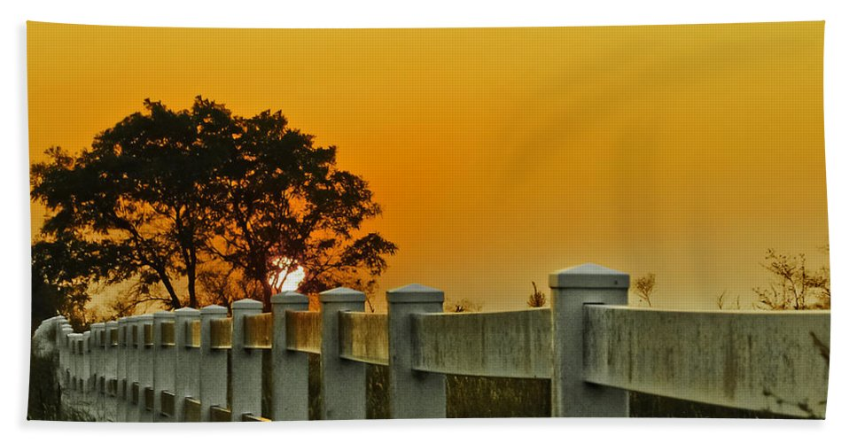 Landscape Bath Sheet featuring the photograph Another Tequila Sunrise by Robert Frederick