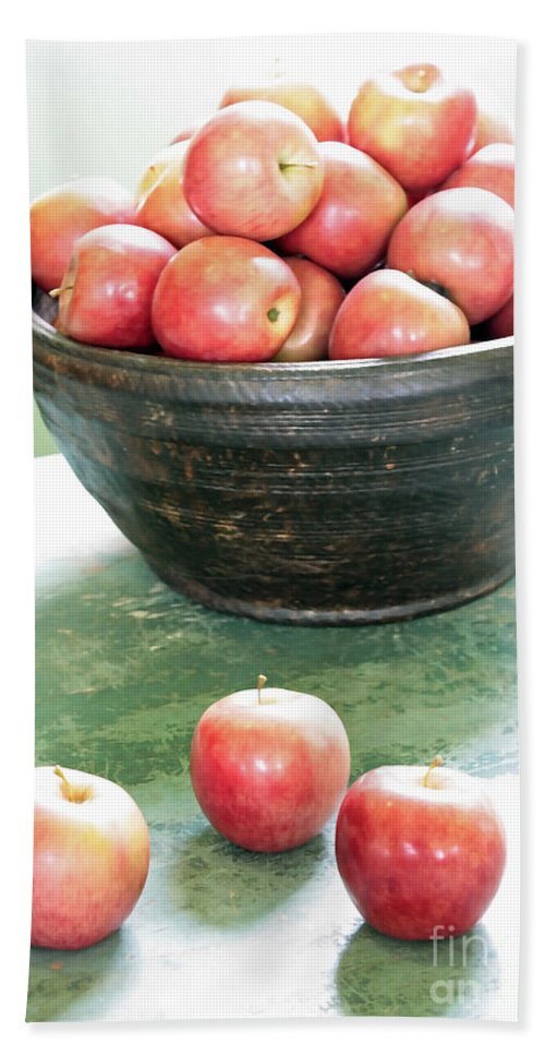 Apples Bath Sheet featuring the photograph Apples On The Table by Carol Groenen