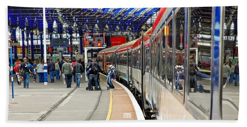 Train Bath Sheet featuring the photograph Arrivals by Keith Armstrong