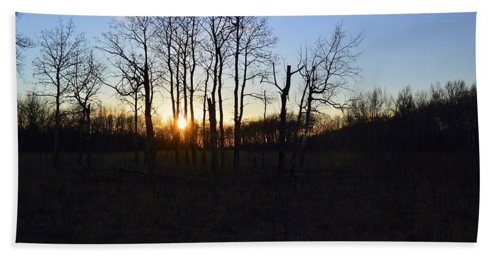 Sunset Bath Sheet featuring the photograph Aspen Prairie Sunset by Mark Hudon