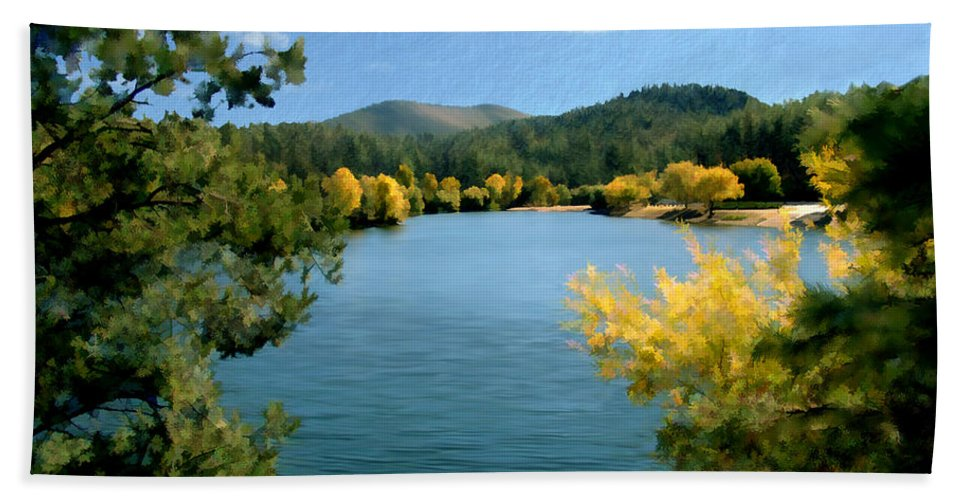 Lynx Lake Hand Towel featuring the photograph Autumn At Lynx Lake by Kurt Van Wagner