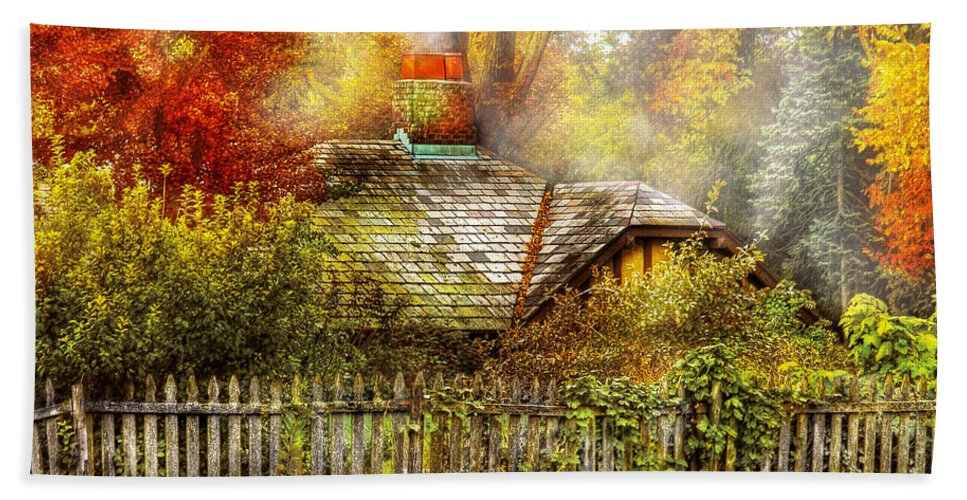 Savad Bath Sheet featuring the photograph Autumn - House - On The Way To Grandma's House by Mike Savad