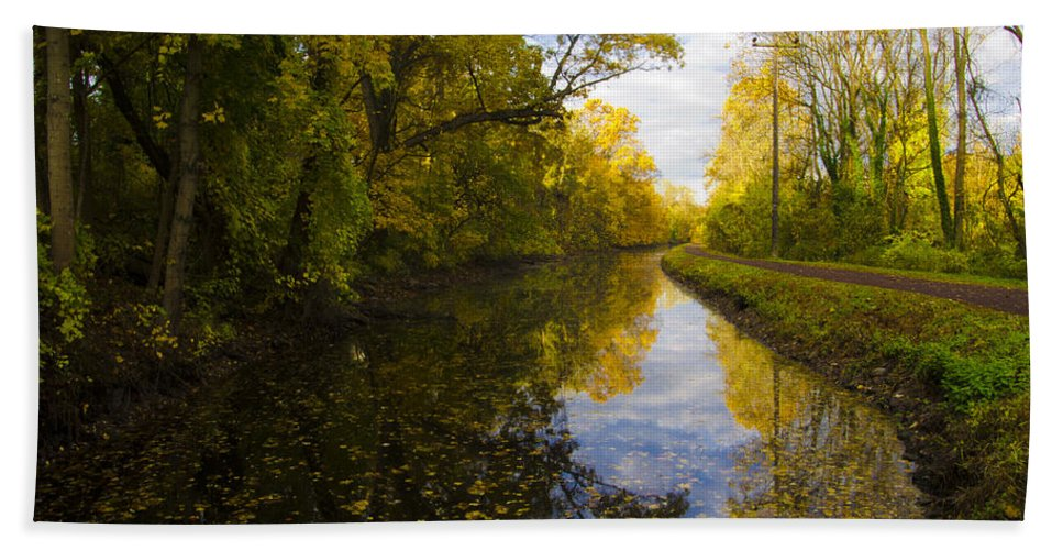Autumn Hand Towel featuring the photograph Autumn In Morrisville Pa Along The Delaware Canal by Bill Cannon