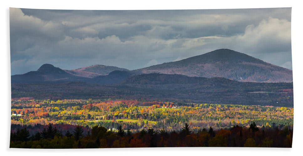 Landscape Hand Towel featuring the photograph Painting With Autumn Light by Tim Kirchoff