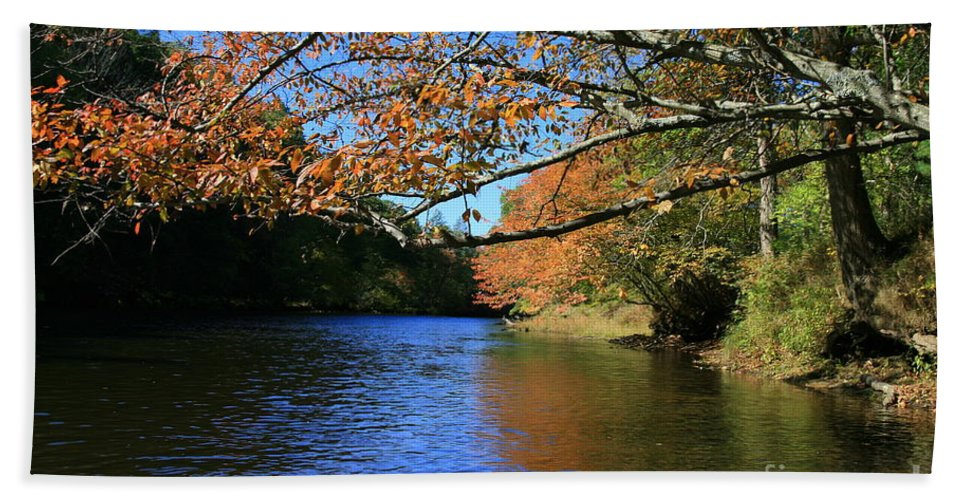 Autumn Reflections Bath Sheet featuring the photograph Autumn Paddle On The Quinnebaug by Neal Eslinger