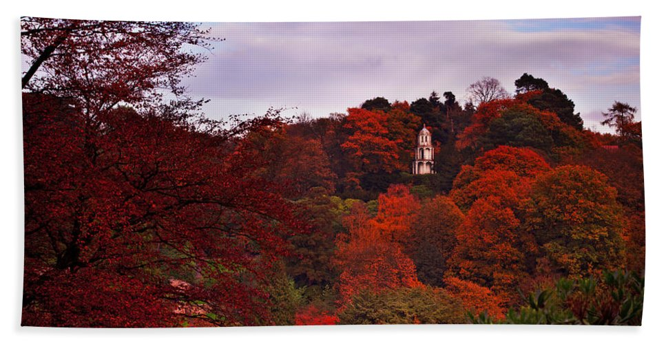 Paogoda Hand Towel featuring the photograph Autumn Pagoda by Beverly Cash