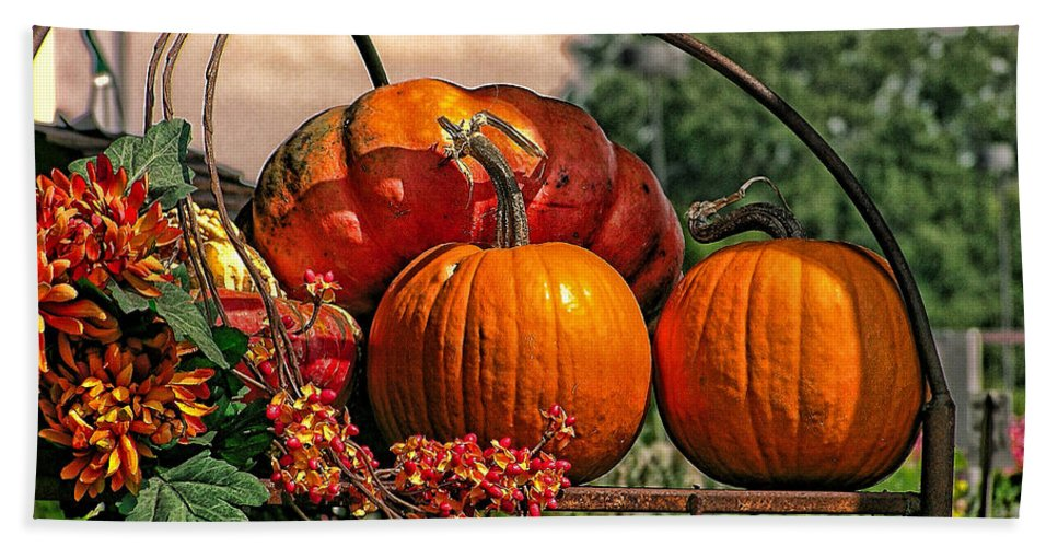Fall Hand Towel featuring the photograph Autumn Pumpkins by Shannon Story