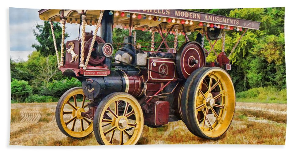 Traction Bath Sheet featuring the digital art Aveling And Porter Showmans Tractor by Paul Gulliver