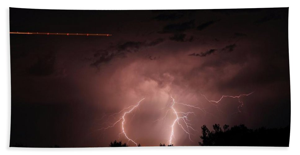 Lightning Hand Towel featuring the photograph Backyard Bolt 1 by Marcelo Albuquerque
