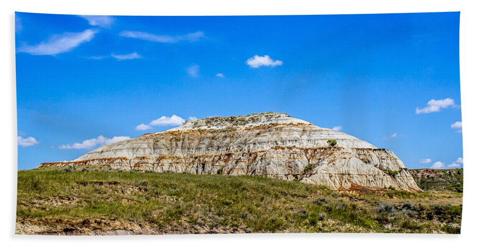 Badlands Hand Towel featuring the photograph Badlands 16 by Chad Rowe