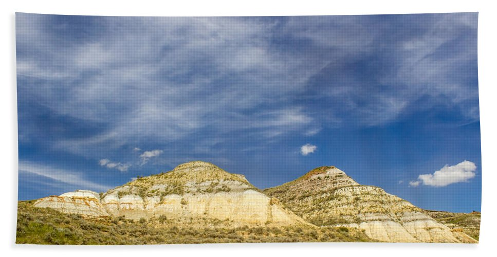 Badlands Hand Towel featuring the photograph Badlands 33 by Chad Rowe