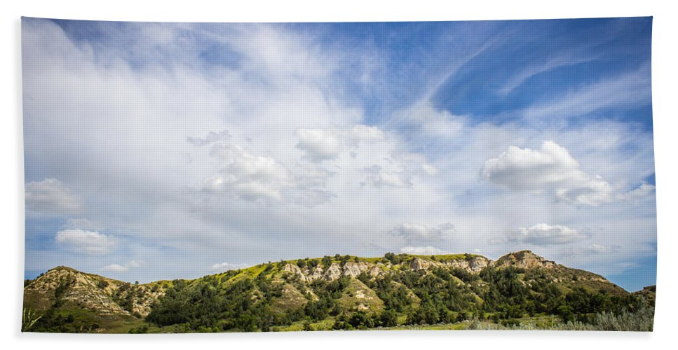Badlands Hand Towel featuring the photograph Badlands 48 by Chad Rowe