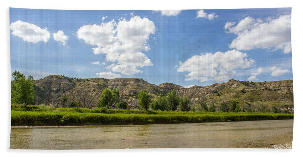 Badlands Hand Towel featuring the photograph Badlands 50 by Chad Rowe