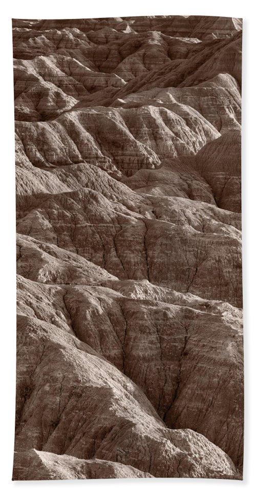 Badlands Hand Towel featuring the photograph Badlands Light Bw by Steve Gadomski