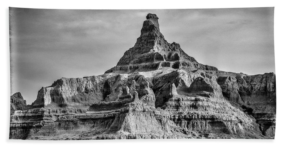 Vertical Hand Towel featuring the photograph Badlands Peak by Paul Freidlund