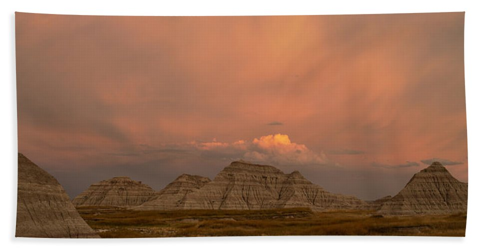 Badlands Hand Towel featuring the photograph Badlands Softlight South Dakota by Steve Gadomski