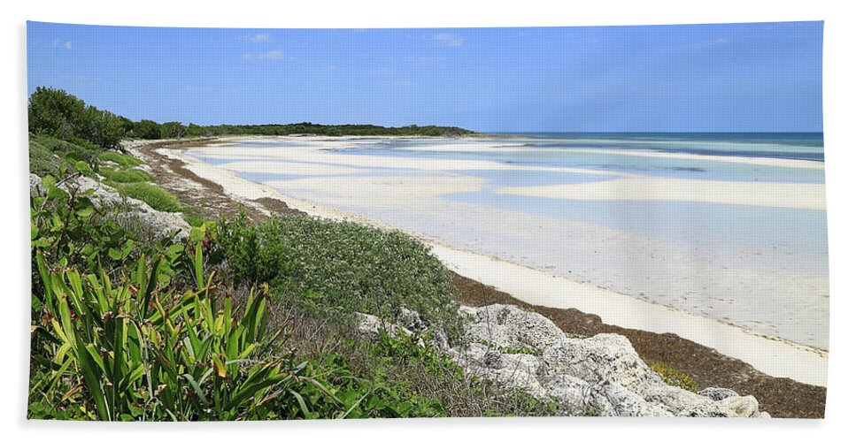 Atlantic Hand Towel featuring the photograph Bahia Honda Key by Rudy Umans